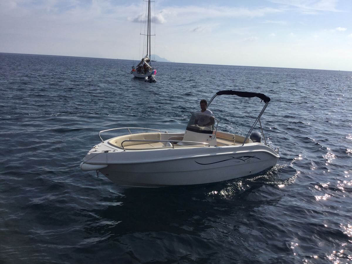 Noleggio Barche Salina